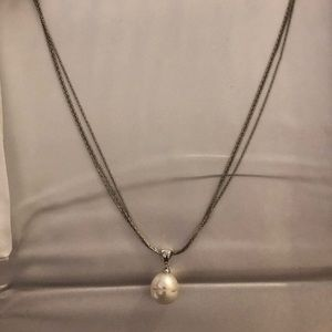Beautiful, brand new pearl necklace from Kay Jewel